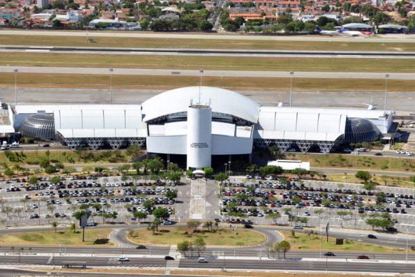 Quatro cearenses são diagnosticados com variante indiana no Aeroporto de Fortaleza; casos são os primeiros no Estado