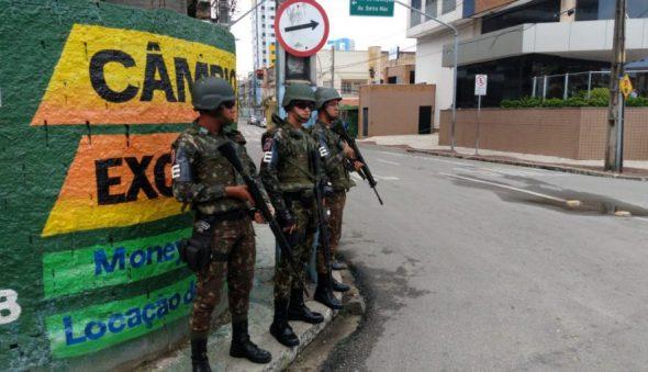 Aproximadamente 1.200 soldados atuarão em Fortaleza e Caucaia neste domingo (29)