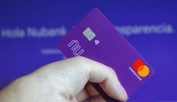 Nubank aumentará o limite do cartão de mais de 80% de seus clientes no próximo ano