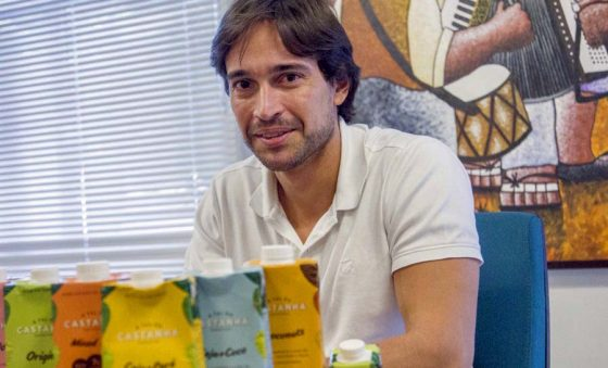 A Tal da Castanha lança o leite vegetal Barista, próprio para bebidas à base de café