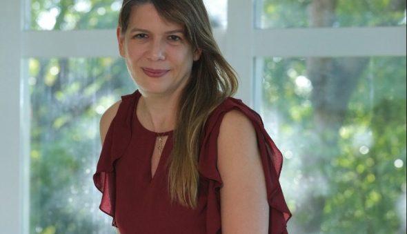"""""""Inovação não é só invenção, precisa ser implantada"""", diz Aline Telles Chaves"""