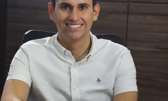 PSD projeta eleger cerca de 40 prefeitos no Ceará, afirma Domingos Neto