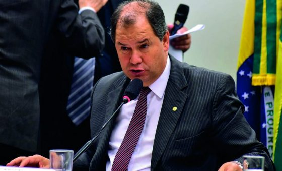 """Oferta de água poderá """"pintar o Nordeste de verde"""", diz presidente da Frente do Agronegócio"""