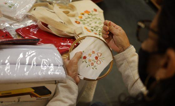 Handmade impulsiona moda e negócios locais