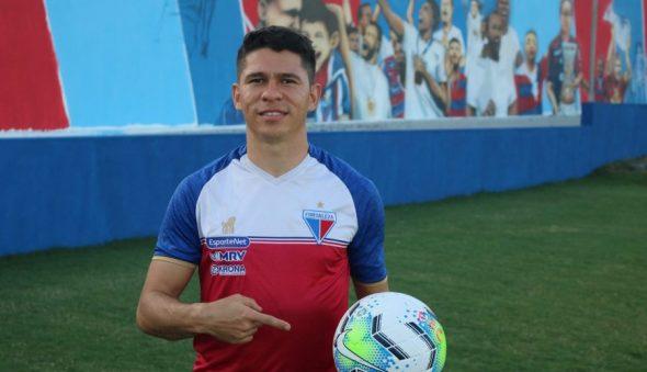 """""""A maturidade só me trouxe coisas boas"""", afirma Osvaldo, atacante do Fortaleza"""