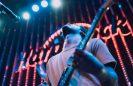 Fim de semana tem shows ao vivo no Hard Rock Cafe e lives com Duda Beat, Simone e Luan Santana
