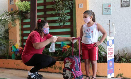 Aulas presenciais retornam em 20% das escolas particulares de Fortaleza