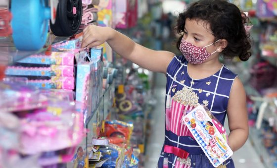 Dia das Crianças pretende levar 72% dos brasileiros às compras