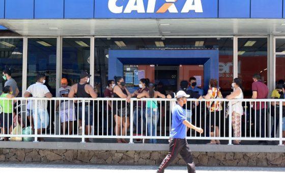 58% dos domicílios cearenses receberam auxílio emergencial em agosto