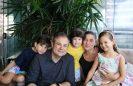 Famílias contam como vão celebrar o Dia das Crianças com muita alegria e diversão
