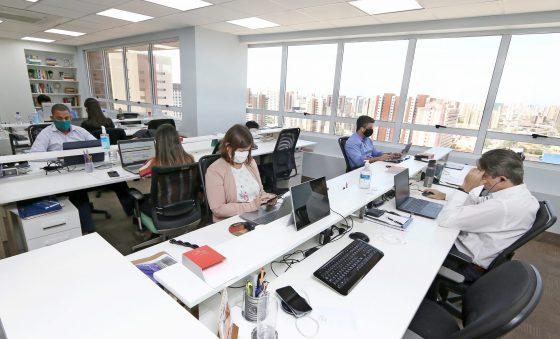 Saldo de empresas abertas em outubro supera 231 mil no Brasil