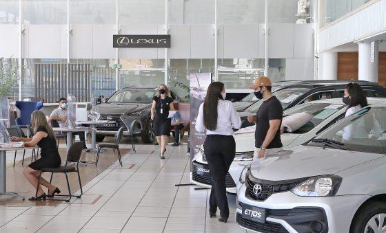 Empresas se reinventam para ampliar oferta de veículos