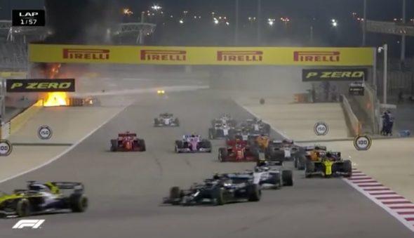 Carro pega fogo em acidente impressionante na F1, e Grosjean é atendido
