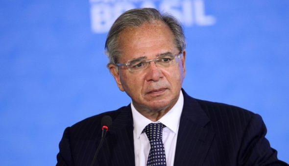 Com reformas travadas, governo aposta em ações laterais para aliviar a dívida