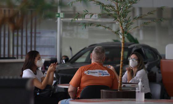 Setor automotivo do Ceará se reinventa e diminui perdas de 2020