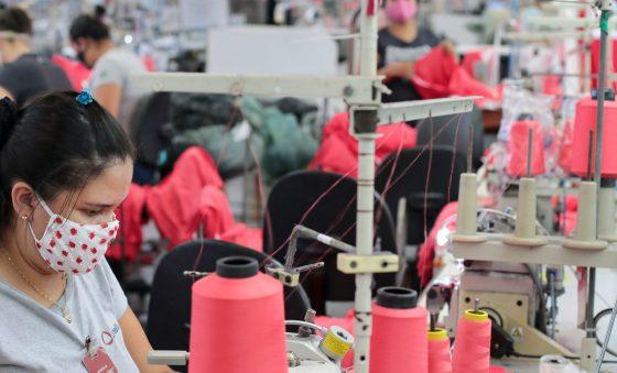 Reaquecimento do consumo anima indústria da moda no Ceará