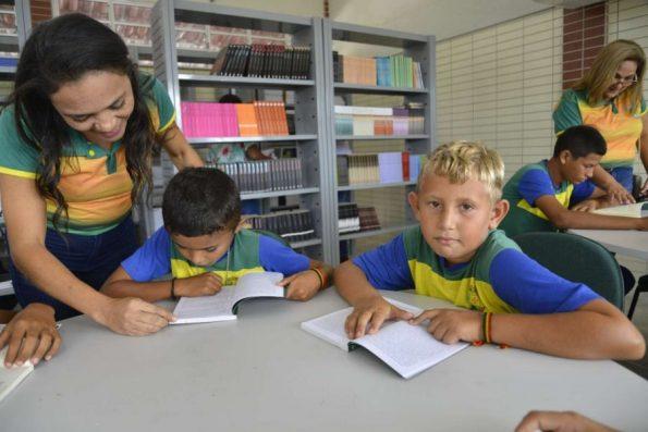Em 14 anos, educação entre 6º e 9º anos saiu de 17ª para 1ª colocação nacional, diz Ipece