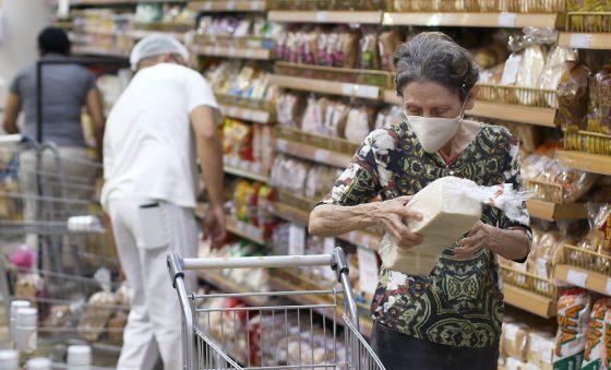 Custo da cesta básica em Fortaleza aumenta 5,64%