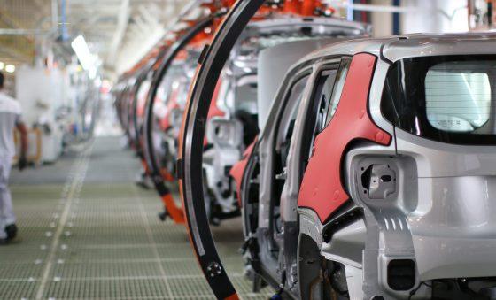 Falta de peças impede crescimento do setor automobilístico, afirma Sincopeças