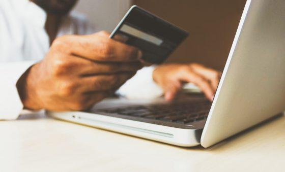 Faturamento com vendas online no Natal cresce 44,6%