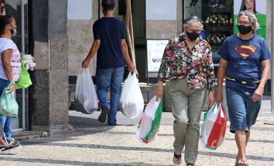 Ceará elabora alternativas de suporte às famílias para o fim do auxílio emergencial
