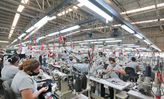 Indústria cearense consolida recuperação e produção cresce 7,5% em novembro