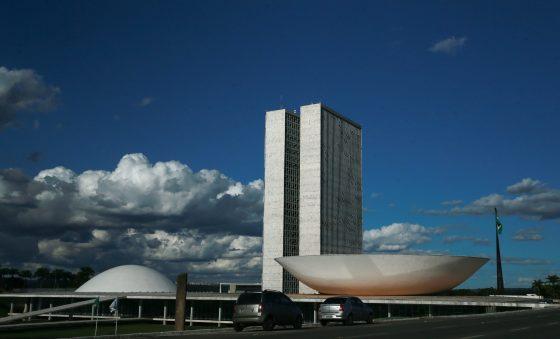 Reforma tributária pretende trazer competitividade à economia brasileira
