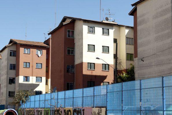 Decreto que regulamenta programa Casa Verde e Amarela é assinado por Bolsonaro