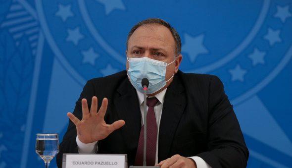 Ministério não é 'máquina de fabricar soluções', mas tenta resolver problemas, diz Pazuello