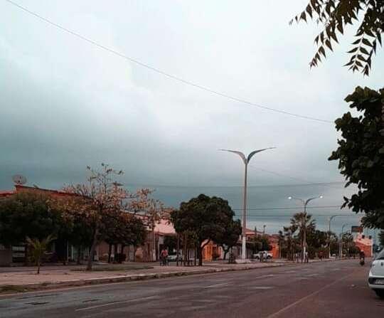 Cenário segue favorável a chuvas no Ceará, mas há tendência de redução até sábado