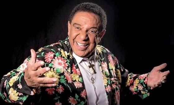 Com covid, cantor Agnaldo Timóteo é intubado no Rio