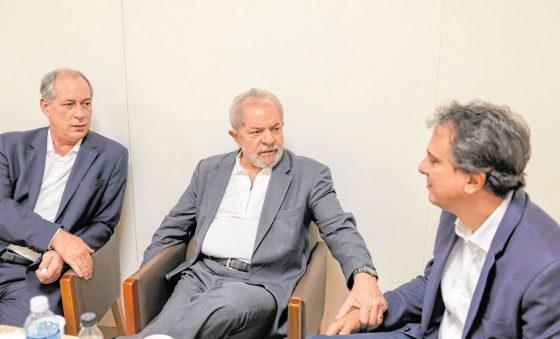 Camilo volta a defender união entre Lula e Ciro e associa Bolsonaro a ódio