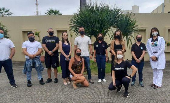 Em carreata, Conselho Regional de Educação Física protesta contra decreto de Camilo