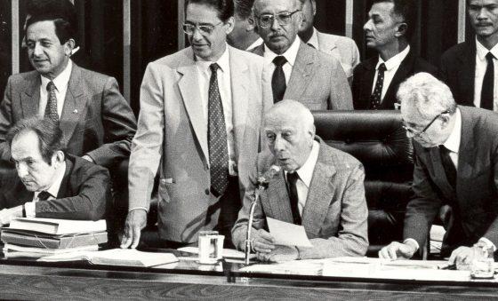 As constituições merecem mais respeito dos legisladores – Edison Silva