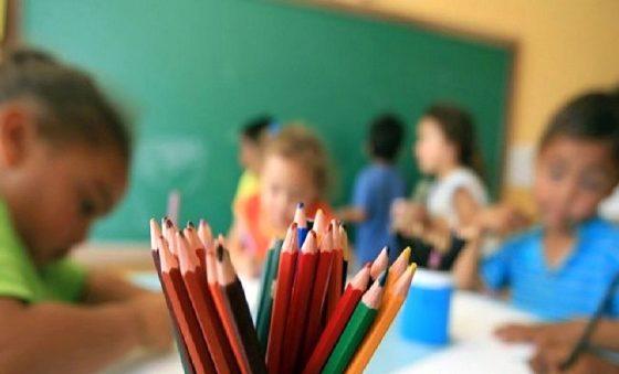 Secretário Nacional dos Direitos da Criança e do Adolescente defende volta ao ensino presencial