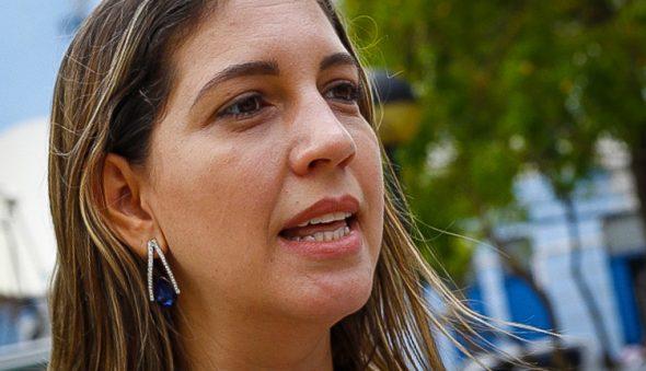 Políticos cearenses prestam apoio à vereadora Larissa Gaspar após ameaça
