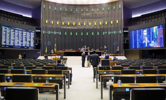 Reformas tributária e eleitoral devem pautar plenário da Casa a partir desta terça-feira