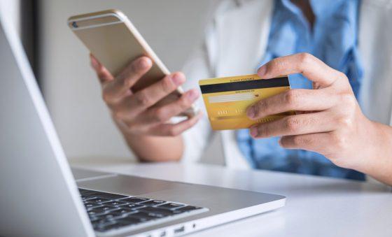 Compras virtuais são as preferidas dos consumidores brasileiros, aponta pesquisa