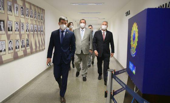 """A CPI da Covid criada pelo """"Centrão"""" rende resultados"""
