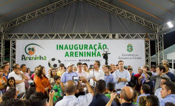 Camilo recebeu os prefeitos do Ceará e todos pediram areninhas e brinquedopraça