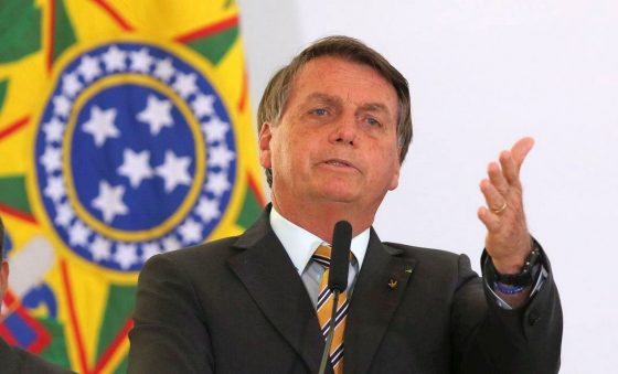 """As """"implicâncias"""" de Bolsonaro e seus seguidores contra instituições, governadores e prefeitos – Roberto Moreira"""