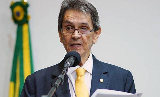 Alexandre de Moraes, do STF, autoriza transferência de Roberto Jefferson para hospital