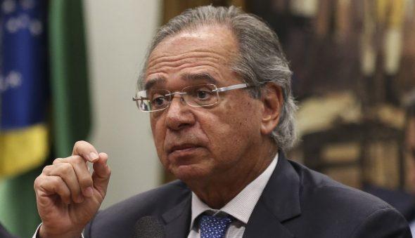 Manobra que fura teto de gastos e garante Auxílio Brasil prejudica retomada econômica