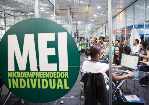 Editorial – Pandemia e empreendedorismo: copo meio cheio